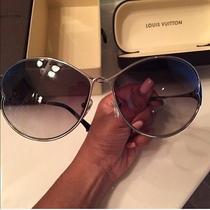Louis Vuitton Glasss Photo