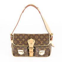 Louis Vuitton Hudson Pm (Authentic Pre Owned) Photo