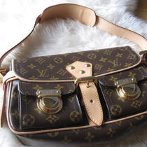 Louis Vuitton Hudson Pm Monogram Canvas Shoulder Bag Leather Strap Alma Speedy Photo