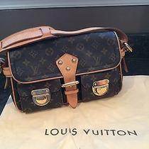 Louis Vuitton Hudson Shoulder Bag Photo
