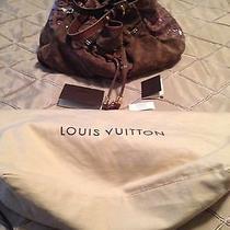 Louis Vuitton Irene Cocoa Suede Photo