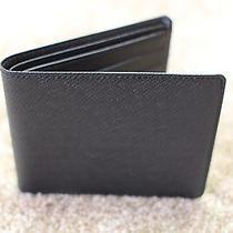 Louis Vuitton Men's Wallet Photo