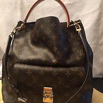 Louis Vuitton Metis Bag Photo
