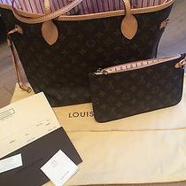 Louis Vuitton Monogram Neverfull  Mm Photo