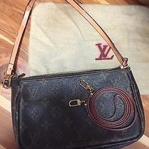Louis Vuitton Pochette Photo