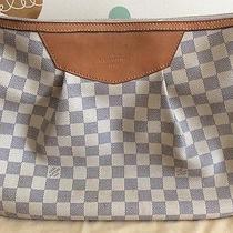 Louis Vuitton Siracusa Mm Photo
