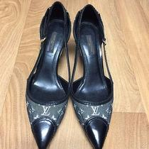 Louis Vuitton Women's Shoes Photo