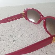 Louis Vuitton Women Sanglasses  Photo