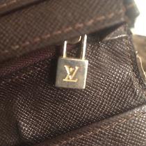 Louis Vuittons Wallet Photo