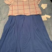 Lularoe Christy T and Madison Skirt Outfit Photo