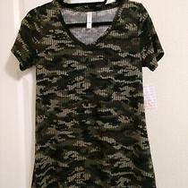 Lularoe Christy T Size Xs Camo Sweater Print Nwt Photo