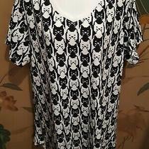 Lularoe Christy T Xl Nwt Black &white Cat Faces Vneck Short Sleeves  Photo