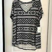 Lularoe Christy T Xl v Neck Shirt Black & Gray Tribal Pattern New With Tags Photo