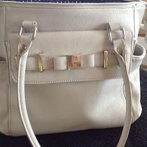 Lulu Beige Tote Photo