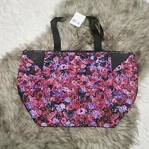 Lululemon Acute Tote 23l in Bloom Multi / Black New With Tags Photo