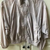 Lululemon Blush Rose Cropped Windbreaker Jacket Size 8 Photo