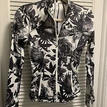 Lululemon Forme Jacket Brisk Bloom Floral Print Black White Size 2 Gorgeous Photo
