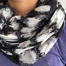 Lululemon Om Your Heart Out Infinity Scarf Black Fossil Seaside Burnout Dot Photo