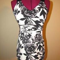 Lululemon Push Your Limits Tank Women's Size 10 Brisk Bloom Floral Black Bra Top Photo