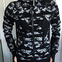 Lululemon Size 10 Scuba Hoodie Ii Dream Rose Stripe Neutral Blush Black While Photo