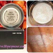 Mac Cosmetics Paint Pot in Fancy Frosting Bnib Photo
