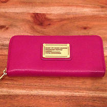 Marc Jacobs Classic Q Zip Around Wallet in Hot Fushia...nwt..my Iphone Fits In Photo
