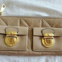Marc Jacobs Zip Clutch Wallet Beige Authentic  Photo