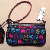 Marvel Avengers Dooney & Bourke Wristlet Bag Run Disney 2014 Photo
