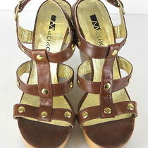 Matiko Brown Wedges Heels Shoes Gold Accents Womens Size (8.5) Dressy Casual Photo