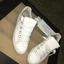 Men Balenciaga's Size 43 White Low-Top  Photo