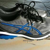 Men's Asics Running Shoes New in Box Size 7 (2e Width) Grey With Blue Strips Photo
