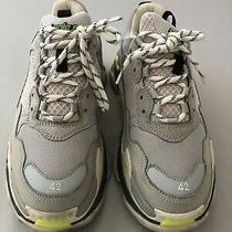 Mens Balenciaga Triple S Gray Dad Oversized Sneaker Balenciaga 42 Size Photo