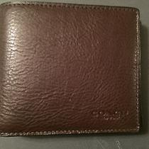 Men's Coach Wallet Leather Mahogany and Luggage Tag Brand New Photo