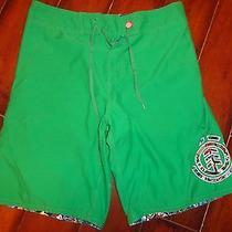 Men's Element Green Board Shorts Size 34 Euc Photo