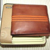 Men's Fossil Bi-Fold Wallet Brown Leather 8 Card Slots Orange Striped Gift Tin  Photo