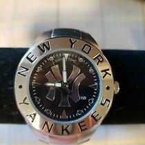 Men's New York Yankee Watch New Photo