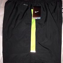Men's Nike Running Shorts Photo