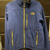 Mens North Face Jacket Size Medium Photo