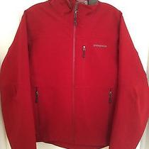 Men's Patagonia Red Softshell Jacket Size Small Photo
