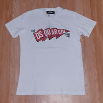 Mens T-Shirt of Dsquared2 Brand  White Color  Colorful Model  S    Photo