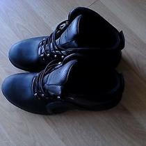 Men's Timberland Boots Solid Black Size 13 Photo
