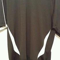 Men's Under Armour Heat Gear Medium Black & White  Shirt Photo