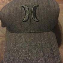 Mens Hurley Black  Flex Fit Fitted Cap Size S/m Photo