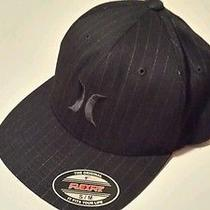 Mens Hurley Black Pinstripe Hat Flex Fit Fitted Cap Size S/m Photo