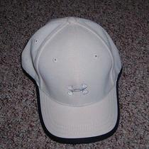 Mens Under Armour Logo Ball Cap Hat White Silver Logo Velcro Heat Gear Size M Photo