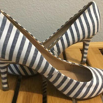Merona Striped Heels Size 8.5 Navy Blue and White Nautical Pumps Denim Stripes Photo