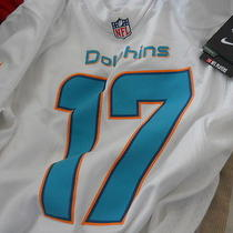 - Miami Dolphins  Ryan Tannehill  Nike  Nfl  Jersey  Adult Mens Small  Nwt New Photo