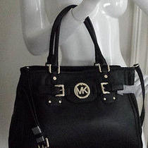 Michael Kors 38h3xhut3l Hudson Large Tote in Black Leather With Shoulder Strap Photo