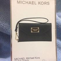 Michael Kors Black Saffiano Iphone 5 Wallet Clutch Wristlet   New in Box Photo
