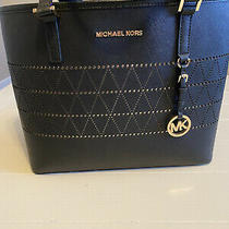 Michael Kors Black Saffiano Purse Photo